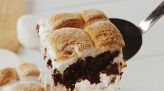 Best S'mores Brownies Recipe - How To Make S'mores Brownies Brownie Recipes, Chocolate Recipes, Cookie Recipes, Dessert Recipes, Dessert Ideas, Chocolate Oats, Bar Recipes, Dessert Bars, Recipes Dinner