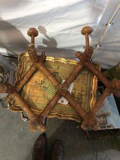 Tres Bien Antiques & Susan Horne Antiques