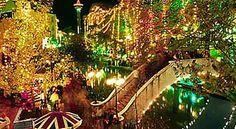 Christmas lights on the San Antonio Riverwalk. Why have I not been to SA at Christmas? Christmas Events, Christmas Lights, Christmas Time, Merry Christmas, Christmas Decorations, San Antonio Riverwalk, River Walk, Tourist Spots, Pretty Lights