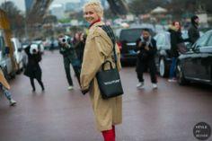 STYLE DU MONDE / Paris Fashion Week Fall 2017 Street Style: Olga Karput  // #Fashion, #FashionBlog, #FashionBlogger, #Ootd, #OutfitOfTheDay, #StreetStyle, #Style