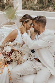 We're taking a trip to Tulum, Mexico for today's wedding inspiration. From the boho-chic backdrop to the macramé chandeliers and the subtle hints of orange, there's no shortage of amazing details. If you love earth tones, organic textures, and elegant wedding inspo, you're going to love this stylish inspiration shoot. See more wedding inspiration at rusticweddingchic.com | Photo: @letyaltamphotography Elegant Wedding, Boho Wedding, Rustic Wedding, Destination Wedding, Wedding Story, Plan Your Wedding, Boho Bride, Wedding Locations, Tulum