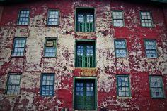 windows - Bristol, RI July 5, 2012
