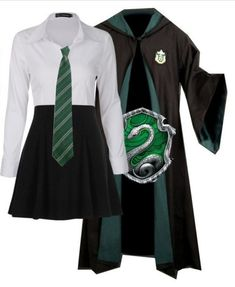 Harry Potter Mode, Bijoux Harry Potter, Estilo Harry Potter, Slytherin Harry Potter, Harry Potter Style, Slytherin House, Harry Potter Tumblr, Harry Potter Outfits, Harry Potter Pictures