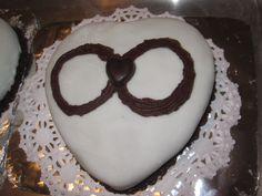 Infinite Love Wedding Cake