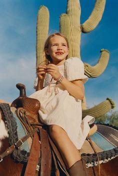 - CROCHET | KIDS-KIDS-STORIES | ZARA United States Inspiration For Kids, Photoshoot Inspiration, Fashion Inspiration, Cute Little Girls, Cute Baby Girl, Zara Portugal, Kids Fashion Photography, Kid Styles, Stories For Kids
