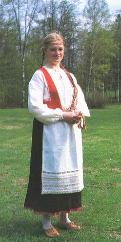 Käkisalmi. Carelia Folk Costume, Costumes, Viking Dress, Folk Clothing, People Of The World, Folklore, Roots, Pride, Traditional