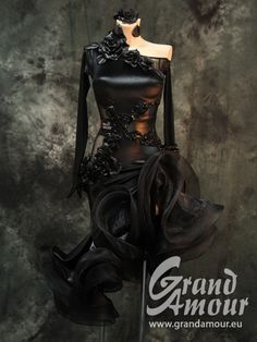 0571 | Grand Amour EU: The best dresses for the best dancers!