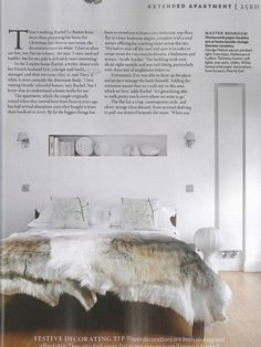 NATURAL - Bedroom - Sheepskin fur - Grey and white - Awesome bedroom decor.