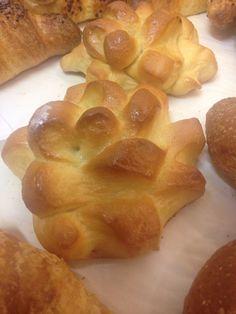 La mitica Cremonese - la brioche di pasta latte con le cornine