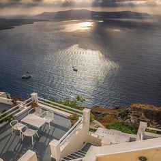 #Santorini sunsets are really amazing with @uniquehotels #thira