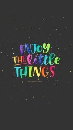 enjoy-the-little-things-iphone-black-clementine-creative-1.jpg 1,242×2,208 pixeles