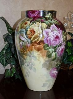 Limoges Monumental Exquisite Hand Painted Vase with Magnificently Executed Ruby Red, Pink and Yellow Roses Painted Vases, Hand Painted Ceramics, Rose Vase, Flower Vases, China Painting, Ceramic Painting, Pottery Painting Designs, Porcelain Vase, Painted Porcelain