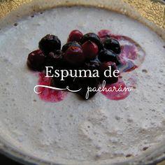 Receta para hacer una deliciosa espuma de pacharán Breakfast, Food, Recipes, Morning Coffee, Essen, Meals, Yemek, Eten