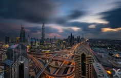 https://flic.kr/p/DpiKUr | Dubai 60 sec | First of all, a Happy New Year to all of you! I have been quite a away from flickr and other social media, but I am finally slowly coming back online :) This long exposure was shot last year during one of those rare cloudy sunset in Dubai.  My website: www.danielcheongphotography.com  Please visit my Facebook Page  Join me on 500px |  Instagram | Google+ | Facebook | Twitter