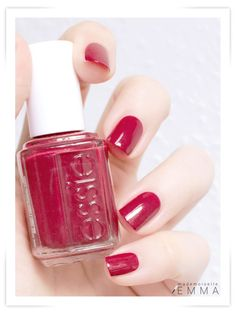 Essie - Very Cranberry