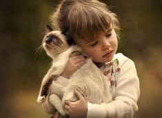 Heartwarming Photos of Children and Their Pets by Elena Shumilova - My Modern Met
