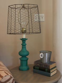 Diy lamp shade rustic chicken wire 28 ideas for 2019 Old Lamp Shades, Rustic Lamp Shades, Painting Lamp Shades, Table Lamp Shades, Chicken Wire Crafts, Wooden Lampshade, Lampshades, Best Desk Lamp, Funky Home Decor