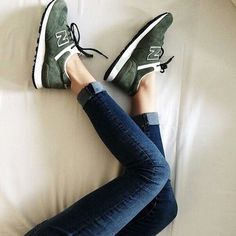 Sneakers new balance NB vert kaki New Balance Kaki, New Balance Damen, Tenis New Balance, Nike Free Shoes, Nike Shoes Outlet, Walk In My Shoes, Me Too Shoes, New Balance Herren Sneaker, Sporty Chic