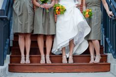 What an adorable idea for a wedding party photo....SHOESIES <3