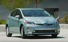 Toyota Prius Plug-in review from plugincars.com