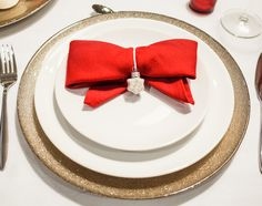 Christmas tabletop. Easy ideas to make your table look really warm and special. By Luna & The Table