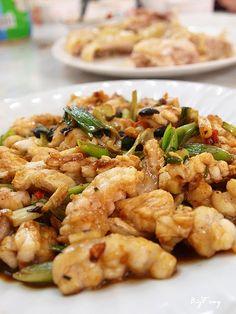 阿國海鮮  電話:03-930-3720  地址:宜蘭縣壯圍鄉濱海路六段215巷6號 Oriental, Kung Pao Chicken, Taiwan, Shrimp, Meat, Ethnic Recipes, Food, Essen, Meals