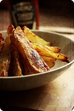 Low Fat Oven Roasted Potato Wedges Potatoes are always a good idea for lunch, even a dinner sometimes. That's why I've got all this recipe here, to help you decide what kind of recipe do you want to make baked potato wedges.
