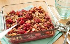 Raspberry-Almond Crumble // Raspberries and almonds make a classic pairing! #summer #dessert #recipe