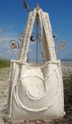 Sea Beach Bag - Nautilus Ivory on Ivory Nautical Tote Bags, Beach Tote Bags, Denim Bags From Jeans, Diy Bags Purses, Boho Bags, Linen Bag, Textiles, Handmade Bags, My Bags