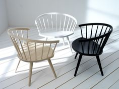 little wood chairs