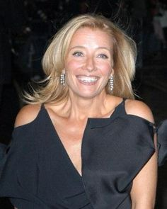 Emma Thompson biography, images and filmography. Read and view everything you want to know not only about Emma Thompson, but you can pick the celebrity of your choice. Emma Thompson, British Actresses, British Actors, Actors & Actresses, Girls Rules, Jolie Photo, Film Awards, Celebs, Celebrities