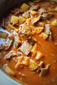 Carne Guisada con Papas (Mexican Braised Beef with Potatoes) – Hispanic Kitche. - Carne Guisada con Papas (Mexican Braised Beef with Potatoes) – Hispanic Kitchen - Authentic Mexican Recipes, Mexican Beef Recipes, Mexican Papas Recipe, Vegetarian Mexican, Vegetarian Recipes, Kitchen Boss, Plats Latinos, Beef And Potatoes, Russet Potatoes