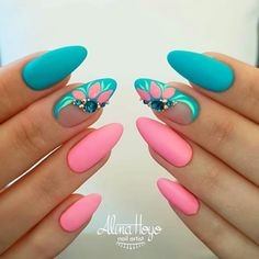Colorful Spring Nails for a Sparkly, Shiny, Shimmery Manicur Nails For Party And Office Use With Unique Fashion Picture Credit summernails nailsart nailsdesign nailartdiy nailartgallery nailartideas fakenails nailfashion nudenails vale Spring Nail Art, Nail Designs Spring, Spring Nails, Summer Nails, Nail Art Designs, Nails Design, Salon Design, Metallic Nails, Glitter Nails