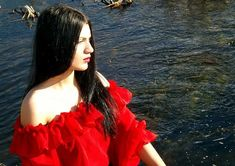 Free Image on Pixabay - Girl, Gipsy, Lake, Red, Beauty Free Photos, Free Images, Colombian Culture, Colombian Women, Yoruba, Nice Dresses, Formal Dresses, Latin Women, Woman Within