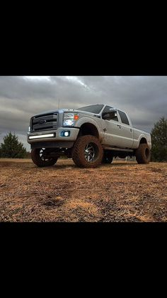 Ford F-250 Lifted White