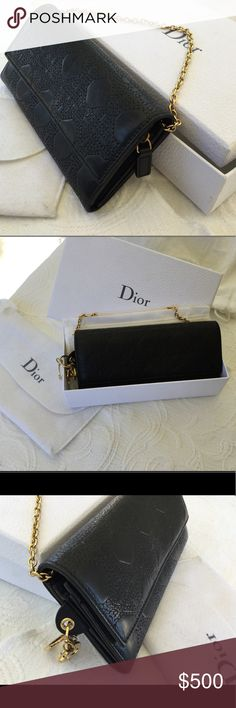 Dior black leather chain wallet clutch. Authentic - Wear hand - Gold Jewellery - Snap closure - Charms Dior on the side - Small detachable chain to a worn hand (not shoulder) - Interior in black canvas - A large interior zip pocket for coins, as well as another pocket - Six compartments for cards - Very little worn - Dimensions of the open bag: 19.5 x 18.5 x 2cm - Chain Length: 34cm, Non-smoking home. No stains. Comes with dust bag and box. No trade. Firm price. Christian Dior Bags Clutches…
