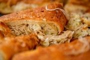 Very simple and useful cabbage pie Ingredients: - 400 g fat-free yogurt - 300 g of whole wheat flour - g cabbage - 2 eggs - 15 g of baking Cabbage Pie Recipe, Pizza Lover, Vegetarian Recipes, Cooking Recipes, Good Food, Yummy Food, Russian Recipes, Savoury Cake, How To Make Bread
