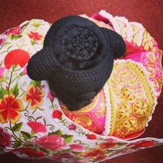 La Montera. http://www.pinterest.com/beatriz0727/ethnic-textiles-and-ethnic-inspiration/