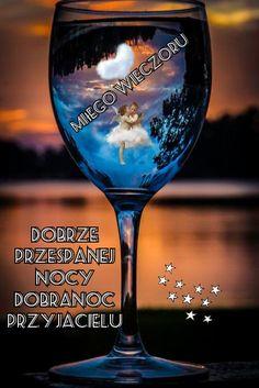 White Wine, Wine Glass, Alcoholic Drinks, White Wines, Liquor Drinks, Alcoholic Beverages, Liquor, Wine Bottles