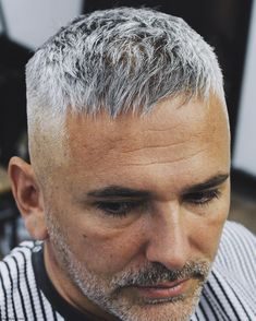 This textured Caesar crop is a stylish men's haircut for thinning hair. It makes… This textured Caesar crop is a stylish men's haircut for thinning hair. It makes hair appear thicker and covers a receding hairline. Short Haircuts For Older Men, Haircuts For Balding Men, Stylish Mens Haircuts, Older Mens Hairstyles, Thin Hair Haircuts, Cool Haircuts, Hairstyles Haircuts, Short Hair Cuts, Cool Hairstyles