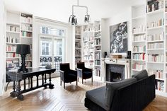31 Ideas Black Parisian Interior Design Home Office. Interior design is now the field of television shows. French Apartment, Apartment Interior, Apartment Design, Interior Livingroom, Townhouse Interior, Apartment Office, Urban Apartment, White Apartment, Interior Shop