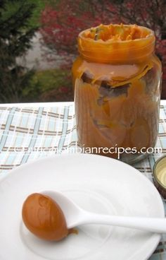 I grew up eating Arequipe and it's one of my favorite desserts. This delicious and traditional Colombian dessert is called Arequipe in the region of Antioquia, Colombian Desserts, My Colombian Recipes, Colombian Cuisine, Mexican Food Recipes, Dessert Recipes, Filipino Desserts, Colombian Dishes, Colombian Culture, Gastronomia