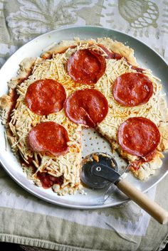 You can make AMAZING gluten free and dairy free pizza at home!  Recipe on theprettybee.com