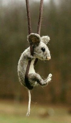 by natalia needle felted mouse. by natalia needle felted mouse. by natalia needle felted mouse. by natalia Needle Felted Animals, Felt Animals, Needle Felting, Cute Animals, Nuno Felting, Felt Mouse, Felt Art, Felt Crafts, Felted Wool Crafts