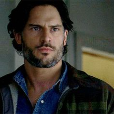 Alcide squinting - Joe Manganiello (gif)