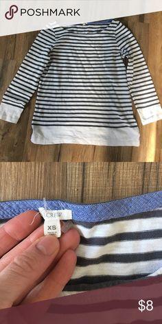Brand New Jcrew cotton top size XS Brand New Jcrew cotton top size XS J. Crew Tops Tees - Long Sleeve