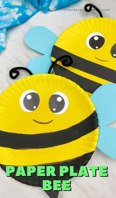 Searching for an easy and cute spring craft to do with the kids? This paper plate bee craft is perfect for preschool, kindergarten & elementary children plus it Toddler Paper Crafts, Bee Crafts For Kids, Crafts For 2 Year Olds, Bumble Bee Crafts, Insect Crafts, Bug Crafts, Bee Activities, Craft Activities For Kids, Bee Wings