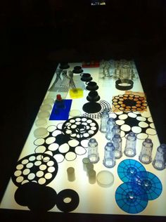 "Oh to have such a large light table - lovely resources too... image shared by Asilo Nido BIANCONIGLIO, Infernetto ("",)"