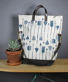 Arrow Print Fold Over Tote by Zanna Printed Textiles at Etsy. Love the dual carry handles, love the print.