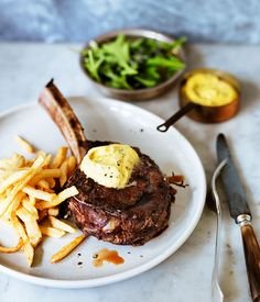 Low FODMAP and Gluten Free Recipe - Côte de boeuf with béarnaise sauce… Fodmap Recipes, Beef Recipes, Cooking Recipes, Beef Meals, Bistro Food, French Bistro, Beef Ribs, Low Fodmap, Fodmap Diet